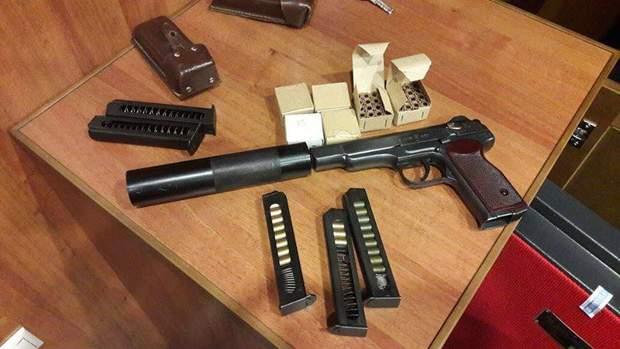 Пістолет знайдений у Симоненка