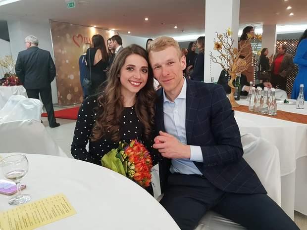Григорій зі своєю дівчиною Іриною, лижницею-паралімпійкою