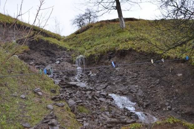 Зсув ґрунту на Закарпатті