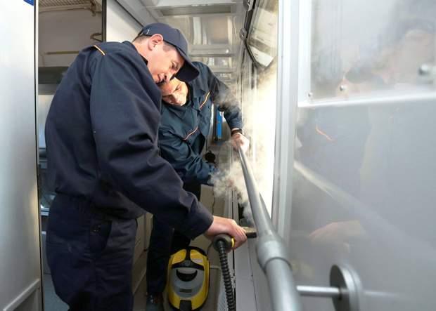 Парогенератор для прибирання вагонів
