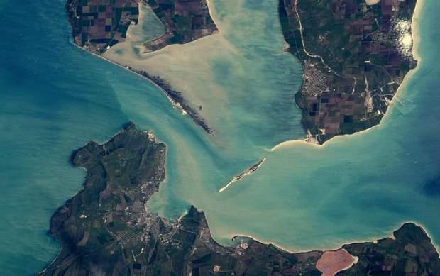 Кримський (Керченський) міст: вигляд з космосу