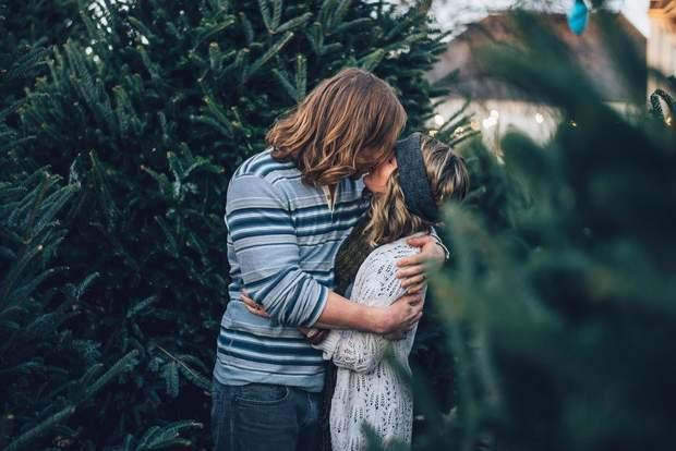 Поцілунки покращують настрій