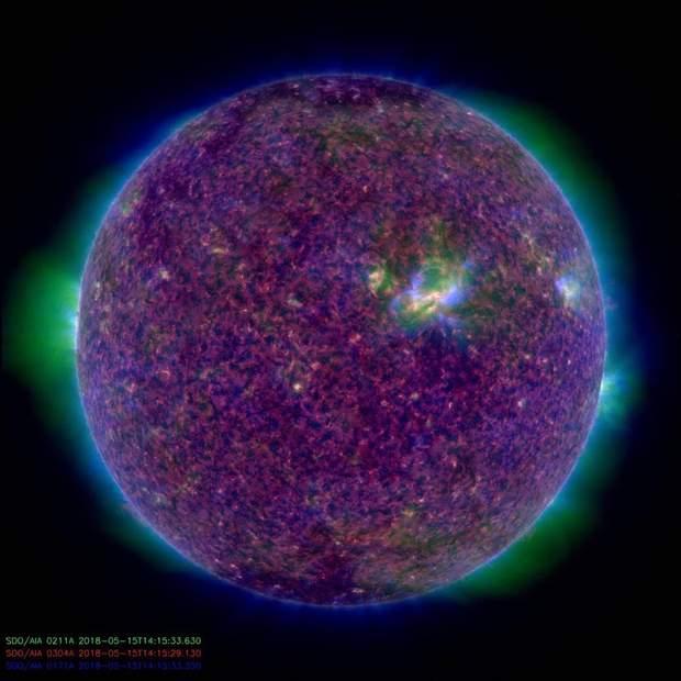 Сонце у незвичному кольорі