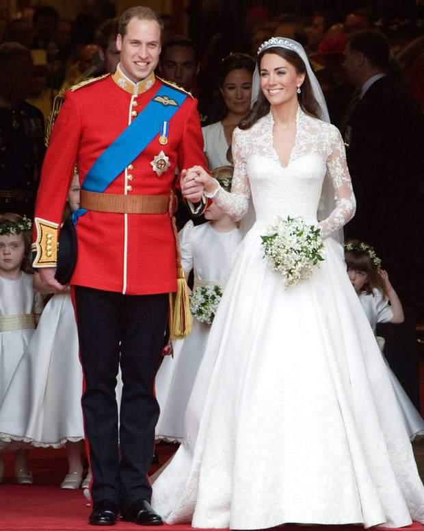 Перша весільна сукня Кейт Міддлтон 29 квітня 2011 року