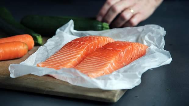 Червона риба містить стільки білка, скільки його є у м'ясі