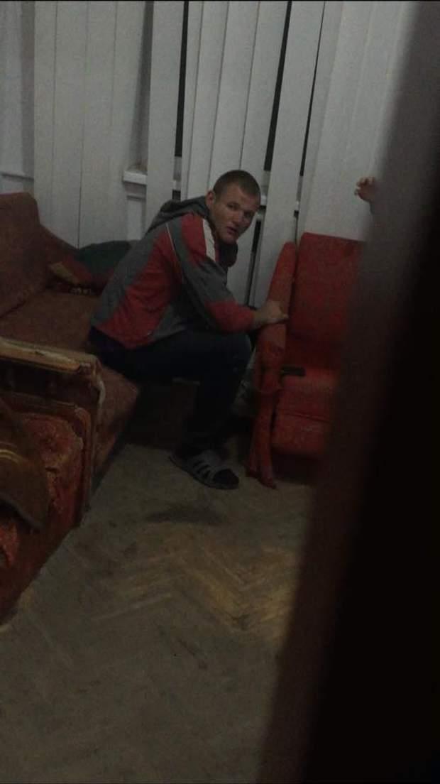 Чоловік, який палив прапори у Городку на Львівщині