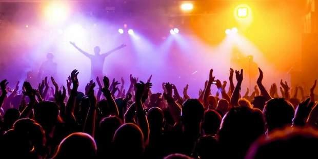 Музика на рок-концертах сягає до 120 децибелів, що може стати фатальним для слуху