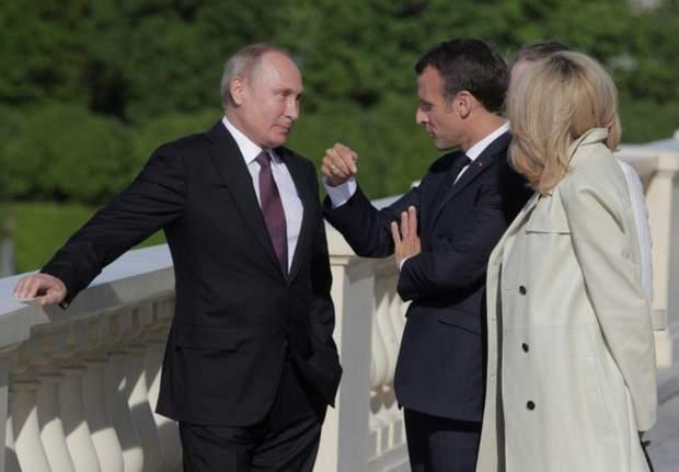Зустріч Макрона із Путіним