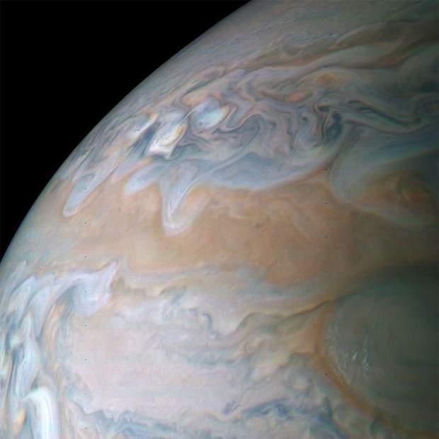 Нові фото Юпітера