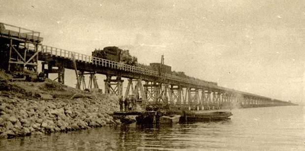 Перший залізничний міст до Криму простояв 101 день