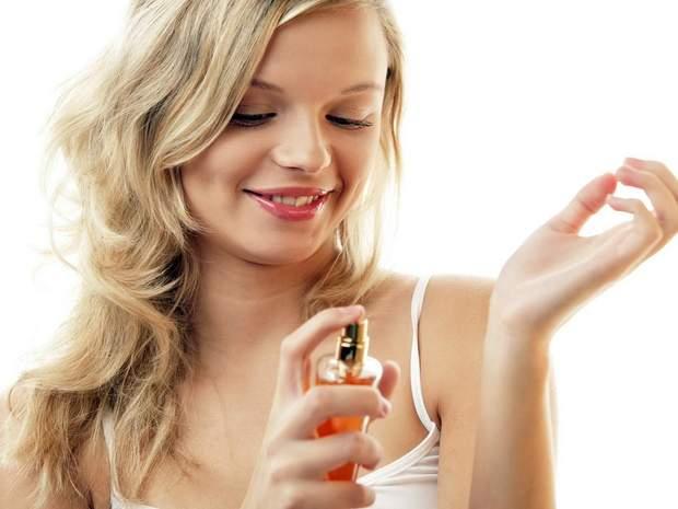 Не користуйтеся парфумами влітку