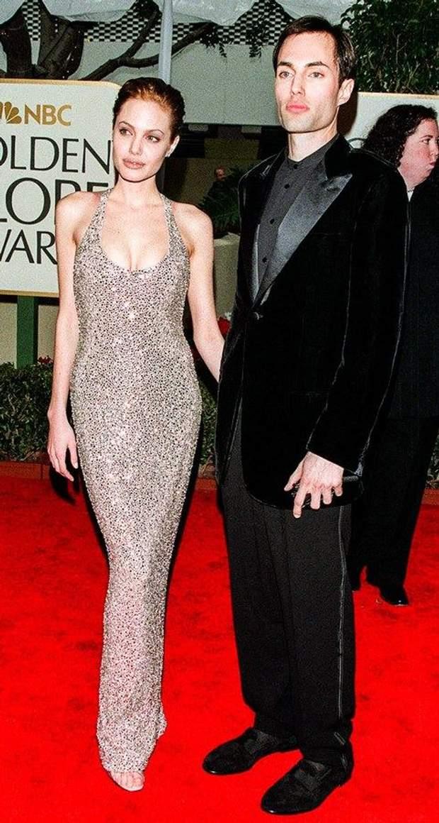 Анджелине Джоли � 43 �вол��ия ��иля пе�вой модни��