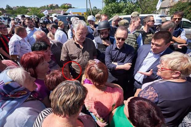 Жебрівський, зброя, пістолет, Донбас, Донеччина, люди, зустріч