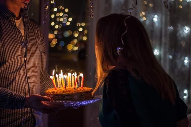 Привітання з днем народження у прозі  та віршах українською мовою, листівки з днем народження