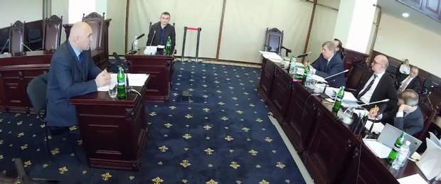Справа Олега Голяшкіна передається до суду