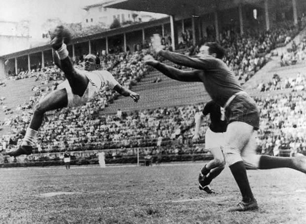 ЧС-1938. Найкращий бомбардир турніру Леоніда (Бразилія)