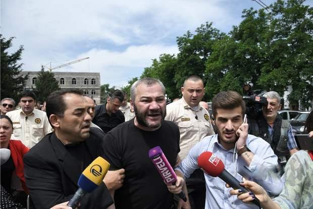 Батько вбитого хлопця Заза Саралідзе