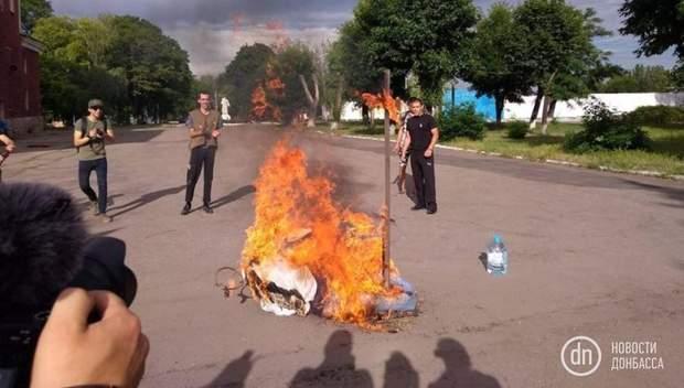 Путін, Донбас, Росія, агресор, Мирноград, націоналісти