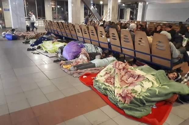 Роми окупували київський вокзал