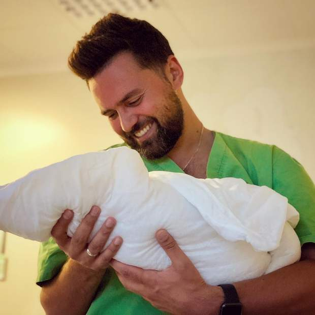 У популярного ведучого Тимура Мірошниченка народилась донька (фото)
