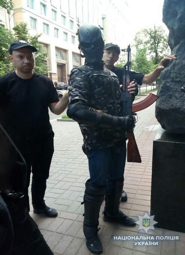 підліток зброя маска поліція Київ