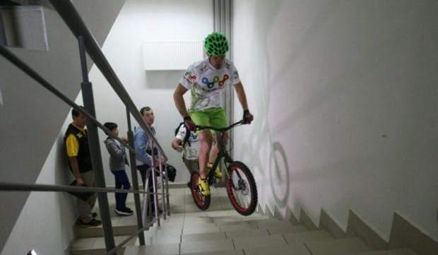 Велосипедист рекорд Київ Гулівер