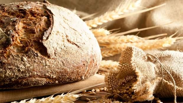 Чому небезпечно вживати хліб у великій кількості