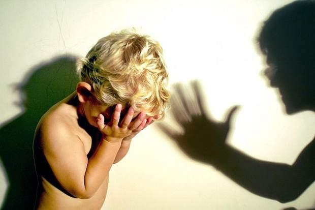 Однією з передумов агресії партнера є пережита травма в дитинстві