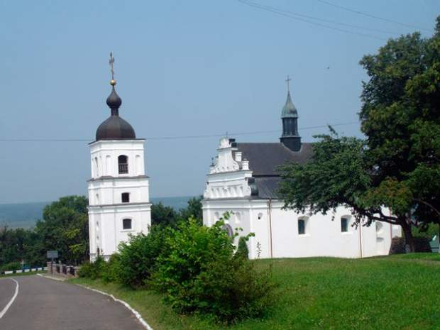 Церква в селі Суботів