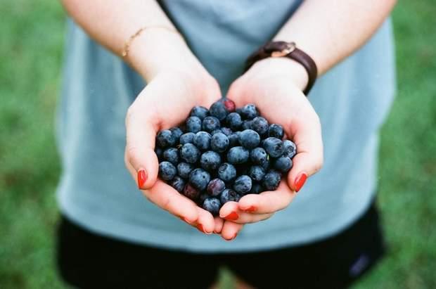Жменя ягід допоможе зменшити ризик серцевих захворювань на 40%