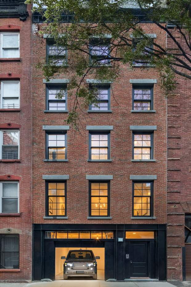 Леді Гага продає свою квартиру в Нью-Йорку