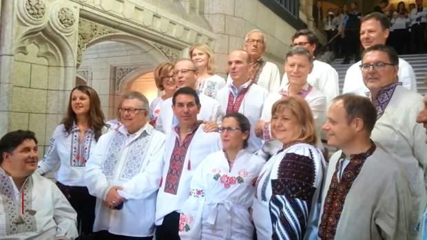Канадські парламентарі виконали українську пісню