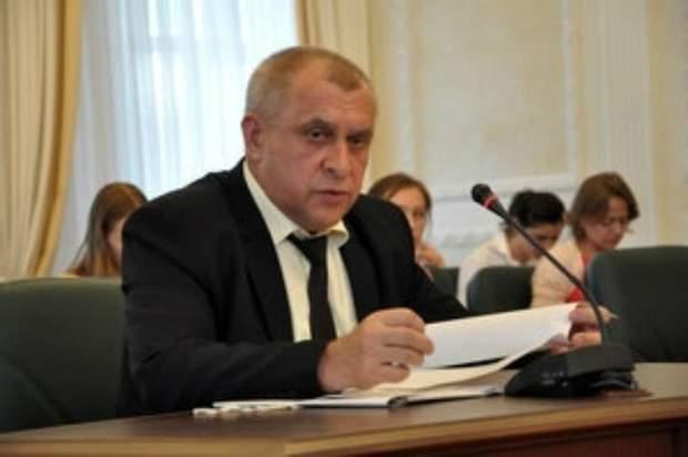 Суддя Владислав Лисенко