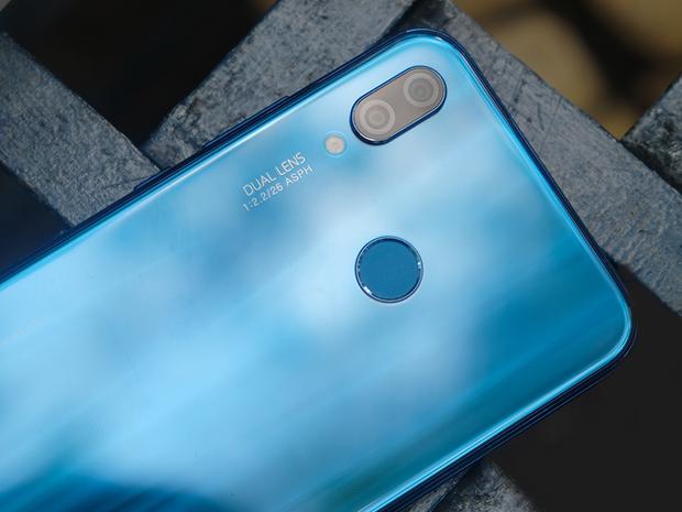 Смартфон Huawei nova 3e (P20 Lite)