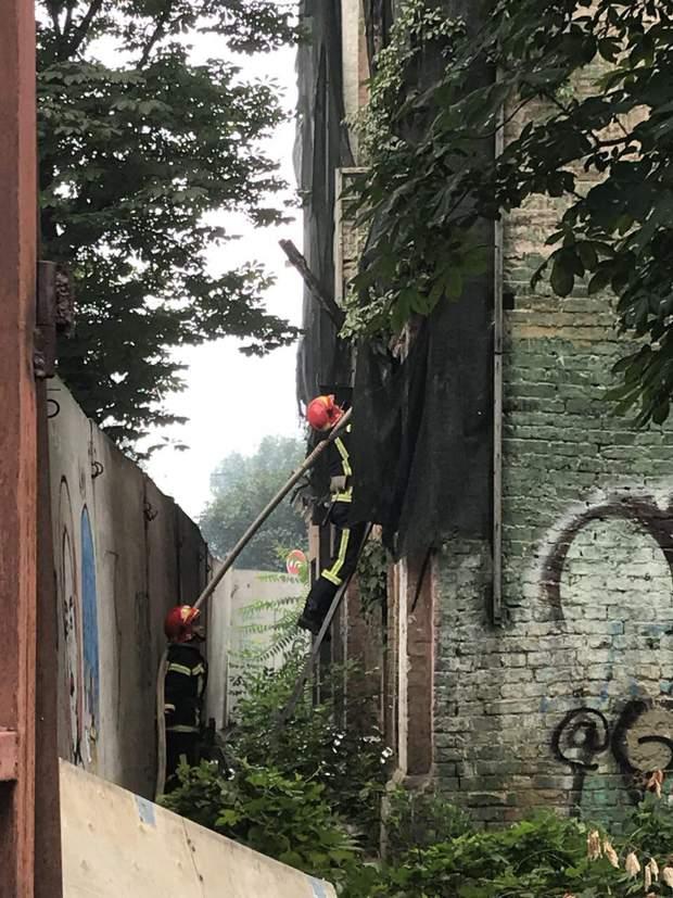 пожежа київ всторична будівля