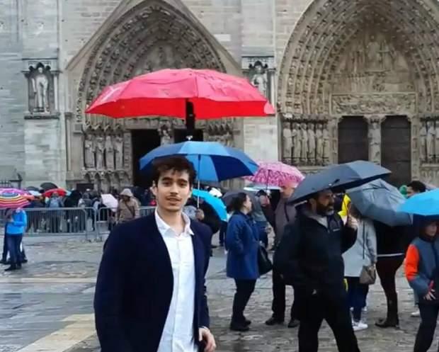 Таку парасолю створила команда ілюзіоністів з Augmented Magic