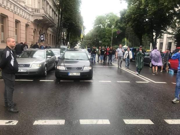 Протести під ВРУ