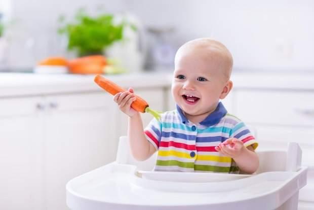 Тверда їжа покращує сон немовлят