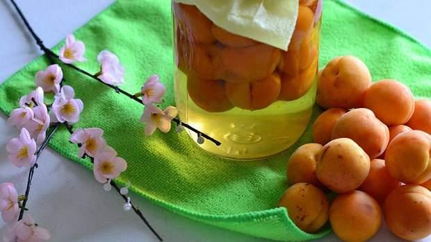 Компот із абрикос: рецепт приготування абрикосового компоту на зиму