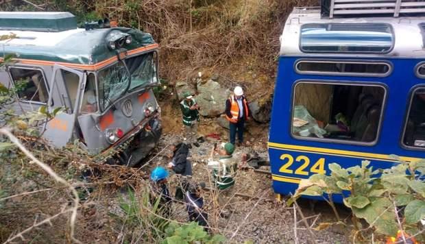 У Перу зіштовхнулися два туристичні потяги
