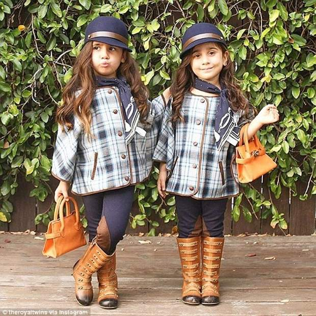 Не купуйте дітям однаковий одяг – це найбільша помилка батьків, у яких двійня