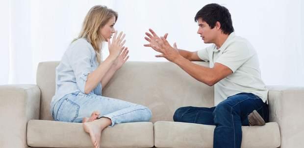 Ви реагуєте різким рухом на наближення партнера