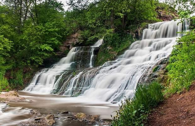 Червоноградський Джуринський водоспад