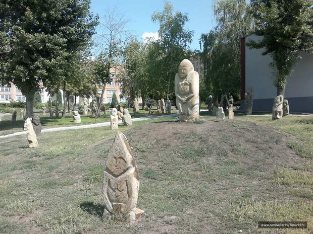 Історія, Луганськ, Культура, пам'ятки, Музей кам'яних баб, Україні – 27, археологія, цікаві місця