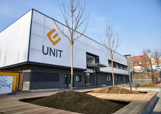 Школа програмування UNIT Factory з безкоштовним навчанням без вчителів і лекцій