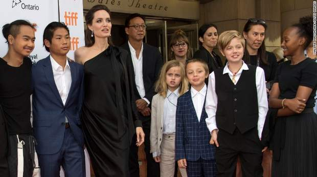 Адвокат Анджеліни Джолі відмовилася працювати зактрисою