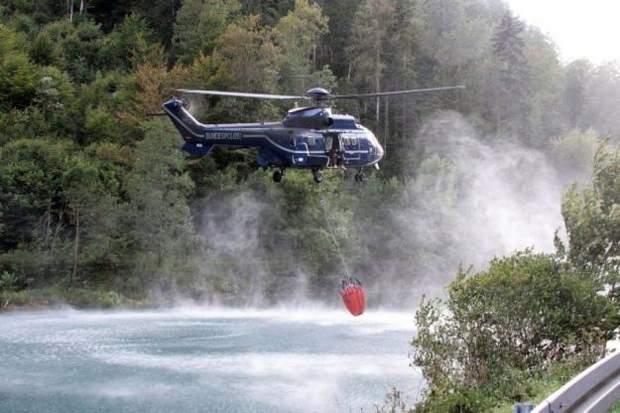 Пожежники можуть гасити вогонь в горах тільки з повітря