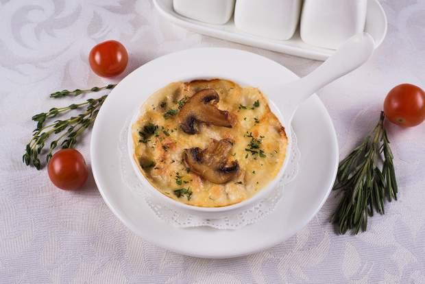 Жульєн з грибами та куркою: рецепт приготування жульєну
