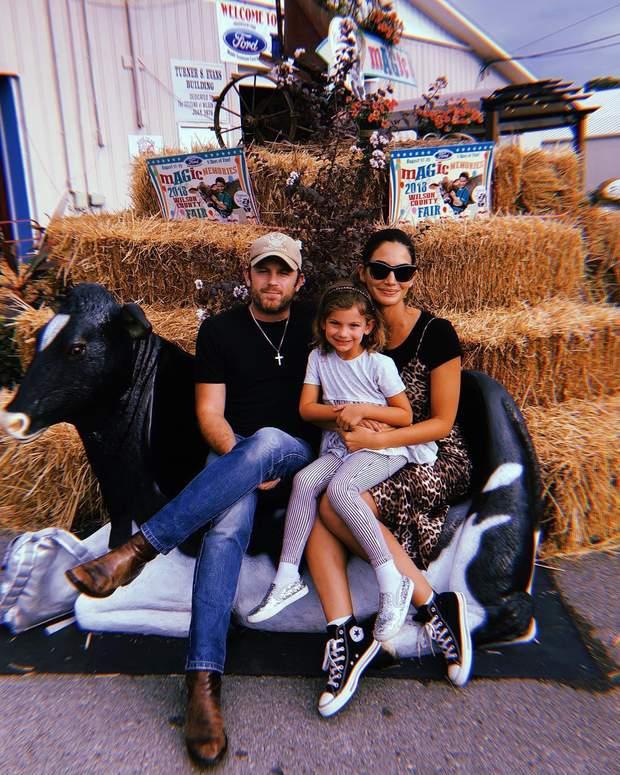 Лілі Олдрідж з сім'єю
