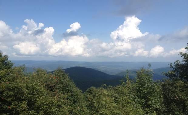 гори Карпати чудовий краєвид